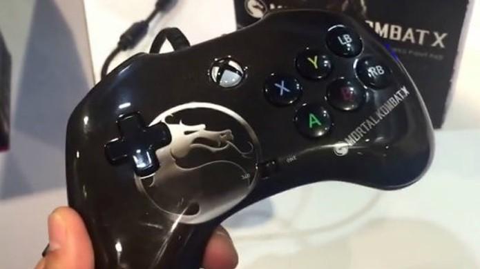 Mortal Kombat X ganha joystick temático para jogos de luta pela fabricante PDP (Foto: Cinema Blend)