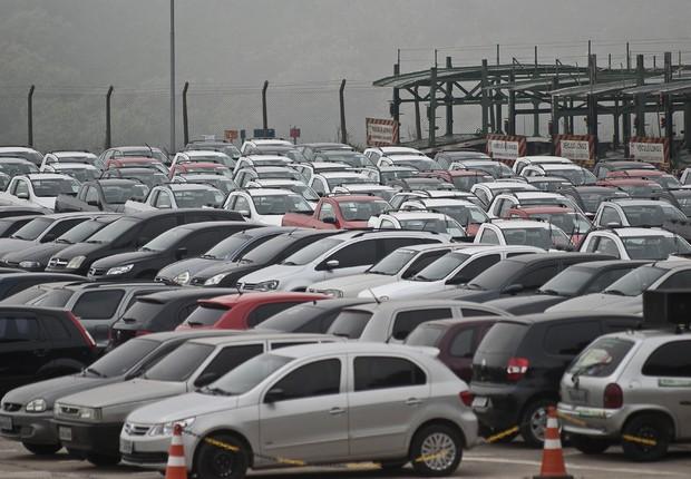 Carros no pátio da montadora em São Bernardo do Campo ; Anfavea ; veículos ; automóveis ; venda de carros novos ;  (Foto: Marcelo Camargo/Agência Brasil)