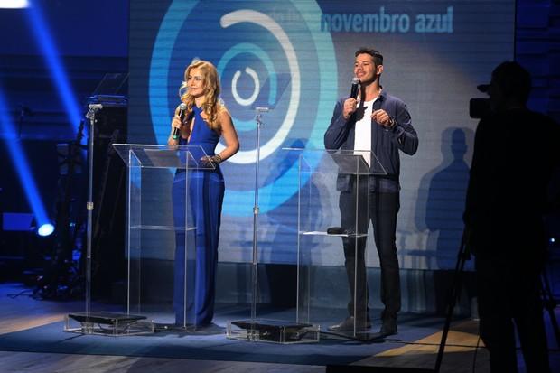 Simone Soares e José Loreto (Foto: Marcello Sá Barreto/ Agnews)