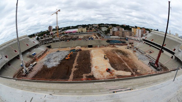 Obras Arena da Baixada copa 2014 (Foto: Arena)