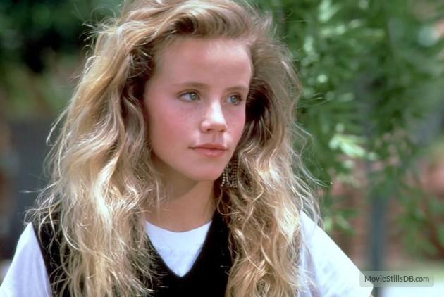 Amanda Peterson no filme 'Namorada de aluguel' (Foto: Divulgação)