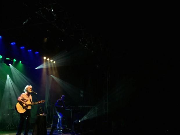 Homenageado na Festa da Imaculada, Renato Teixeira faz show em Taubaté (Foto: Carlos Santos/ G1)