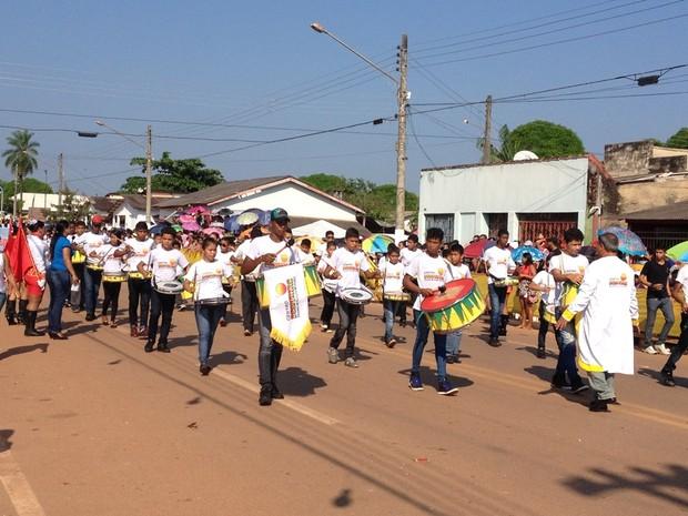 Ao todo, 26 alas percorreram a Avenida 15 de novembro (Foto: Júnior Freitas/ G1)