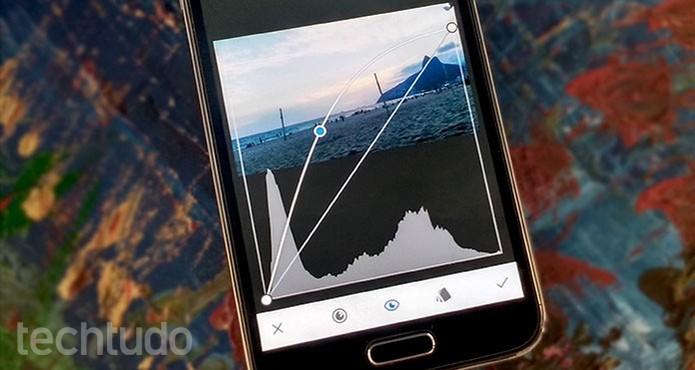 Aplicativo Snapseed permite usar ferramenta de curvas para editar fotos no celular (Foto: Barbara Mannara/TechTudo)
