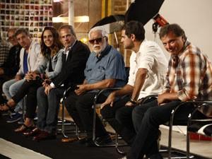 O autor Manoel Carlos respondeu às perguntas dos jornalistas (Foto: Inácio Moraes/TV Globo)