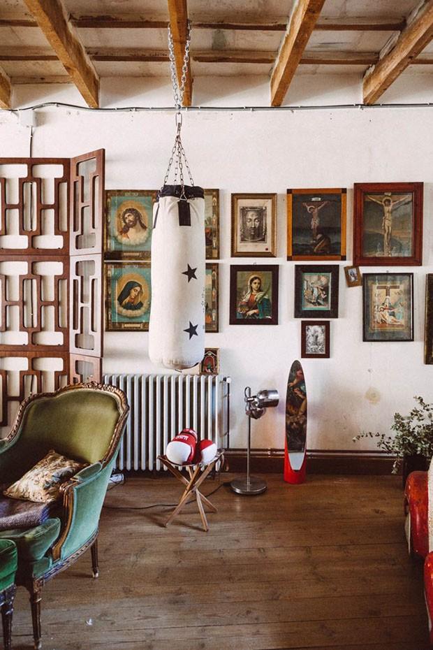 Décor do dia: ambiente descolado cheio de objetos vintage (Foto: reprodução)