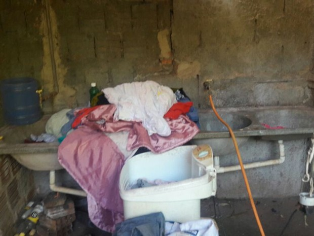 Crianças foram encontradas abandonadas em casa em Barretos, SP (Foto: Divulgação/Conselho Tutelar)