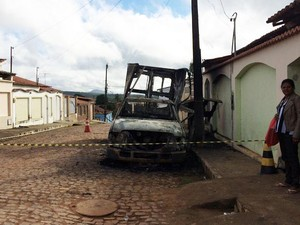 Veículo ficou totalmente destruído (Foto: Jairo Silva Júnior/Arquivo pessoal)