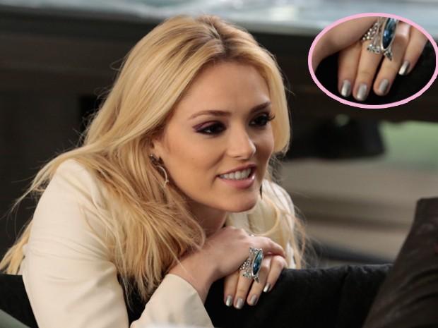 Esmalte prata funciona como um nude para Megan (Foto: Felipe Monteiro/TV Globo)