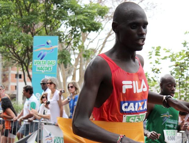 Queniano fatura o tricampeonato da Meia-Maratona Volta das Nações (Foto: Lucas Lourenço)