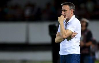 Paulo Bento não é mais técnico do Cruzeiro; diretoria foca em Mano