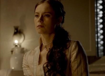 Melissa surpreende Lívia com visita misteriosa
