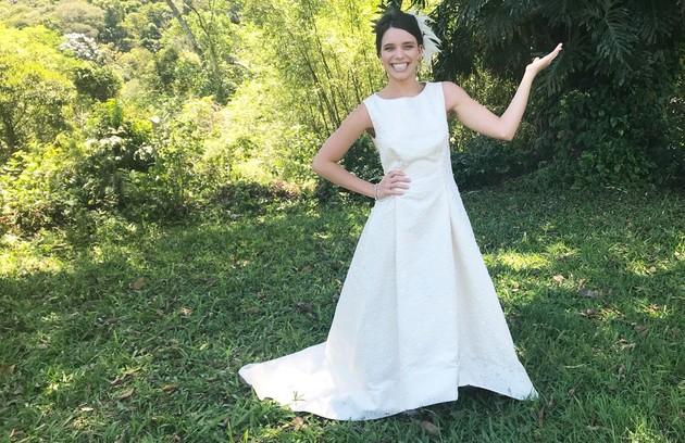 Cibele (Bruna Linzmeyer) terá um casamento, mas sem noivo. Ela convidará pessoas próximas para uma cerimônia, sem revelar a identidade do futuro marido. Depois, revelará que vai se casar com ela própria (Foto: Hugo Foscaldo/TV Globo)