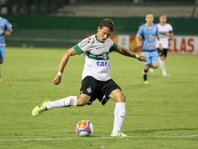 Diante do Prudentópolis, Keirrison voltou a marcar pelo Coritiba (Foto: Divulgação/ Site oficial Coritiba)