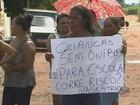 Moradores de assentamentos fazem protesto por condições de estradas
