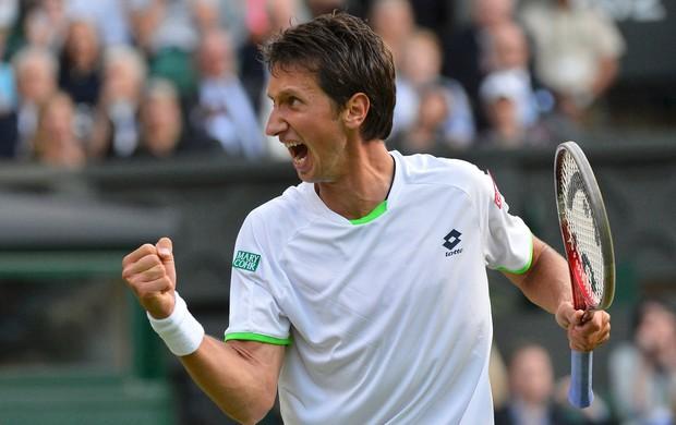 tênis Sergiy Stakhovsky vence Federer Wimbledon (Foto: Reuters)