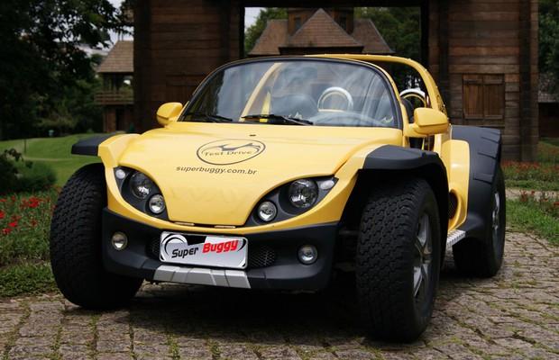 O Way Superbuggy traz motor Volkswagen 1.6 Flex de 104 cv, suspensão independente nas quarto rodas e injeção eletrônica. O veículo pode alcançar até 150 km/h e parte de R$ 58 mil. (Foto: Divulgação)