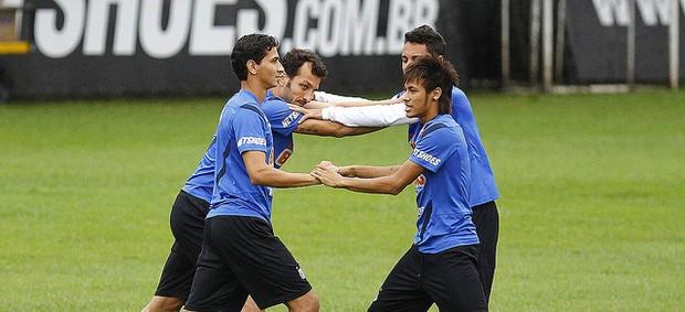 Dracena, Ganso, Neymar e Ibson em treino do Santos (Foto: Ricardo Saibun/Divulgação Santos FC)