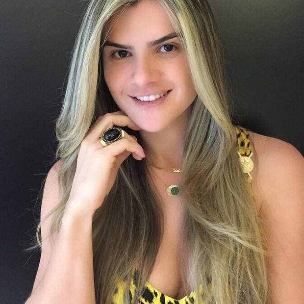 Mirella Santos exibe novo visual: ainda mais loira (Foto: Instagram/ Reprodução)