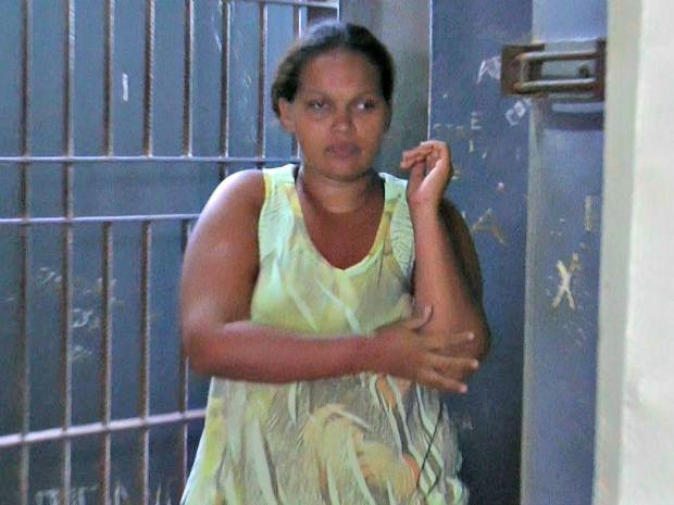 Antonieta de Freitas, de 23 anos, teria deixado o filho em casa por dois dias sem os cuidados de ninguém  (Foto: João Dias/Arquivo pessoal )