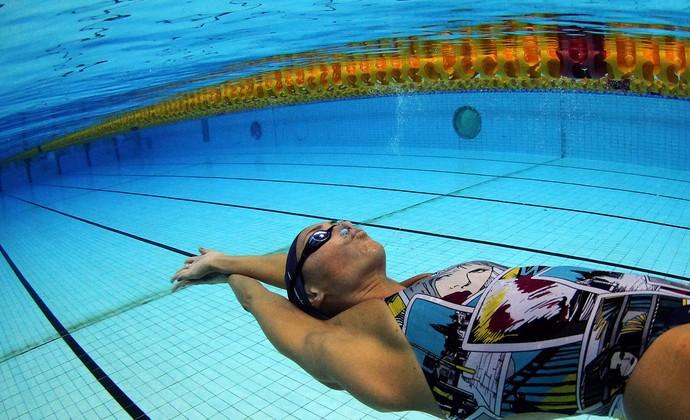 fabíola molina natação treino (Foto: Satiro Sodré / Agif)