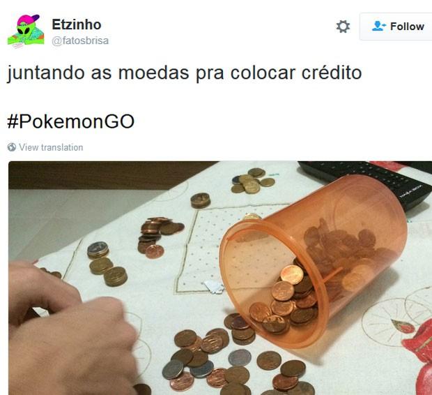 Meme brinca com a necessidade de se economizar para comprar itens no jogo 'Pokémon Go' (Foto: Reprodução/Twitter/etzinho)