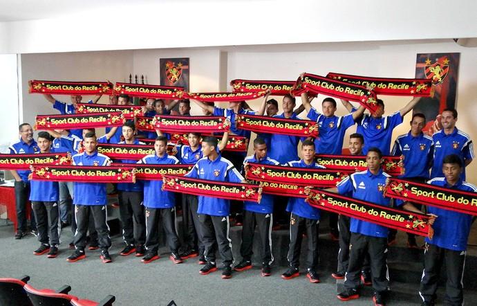 Grupo Juvenil Sport (Foto: Maurício Penedo)