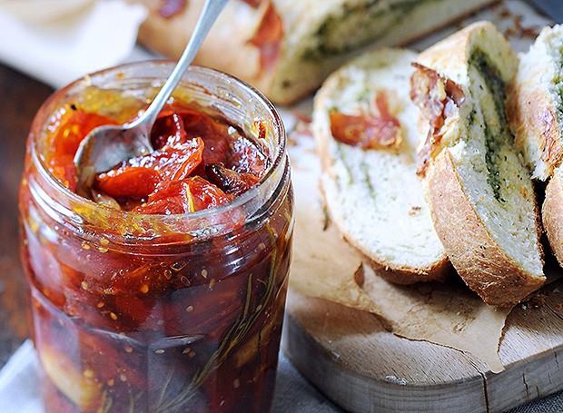 Compota de tomate assado com curry (Foto: Eric van Lokven/StockFood)