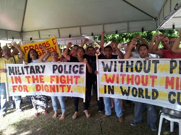 Policiais Militares do RN fazem protesto nesta terça (22) (Foto: Sérgio Costa)