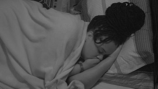 Todos dormem após a Festa Ossos