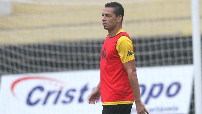 Roberto Criciúma (Foto: Fernando Ribeiro/www.criciuma.com.br)