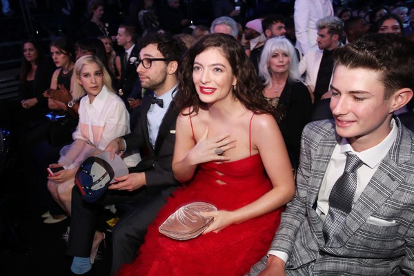 A cantora Lorde durante o Grammy 2018 (Foto: Getty Images)