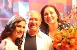 Lívian Aragão faz homenagem ao pai, Renato Aragão, na estreia do Divertics