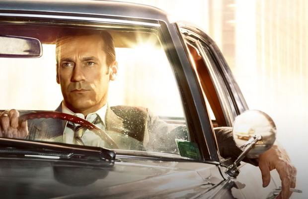 Donald Draper era do tipo que fumava no carro (Foto: Reprodução)