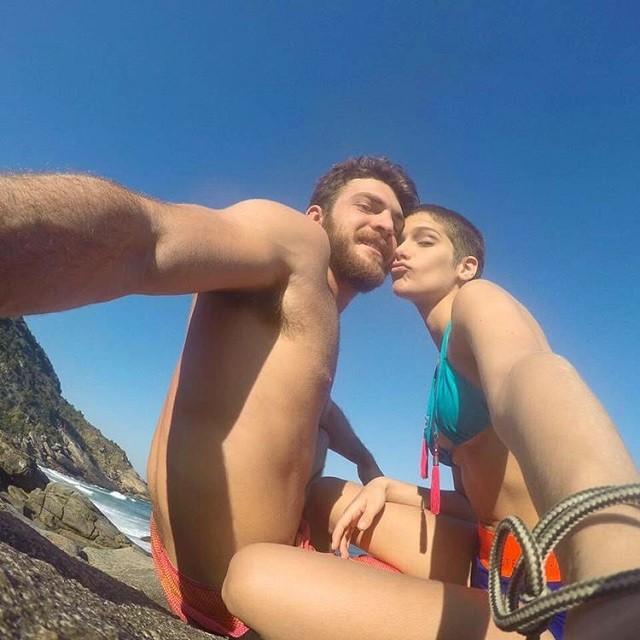 Isabella Santoni e o namorado (Foto: Reprodução/Instagram)