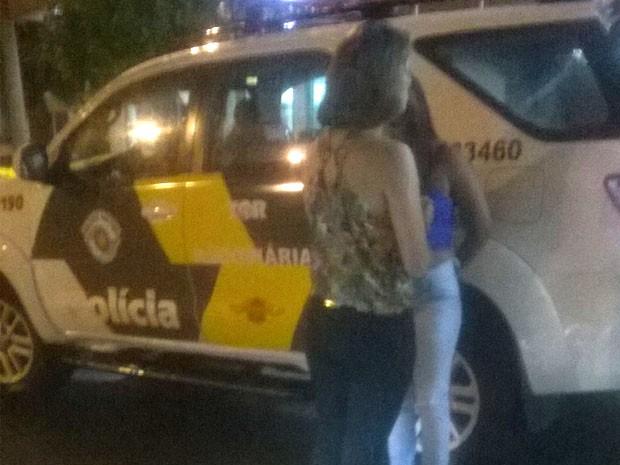 Suspeitas disseram à Polícia Civil que receberam R$ 500 para transportar as drogas até Belo Horizonte (Foto: Polícia Rodoviária/Divulgação)