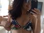 Fernanda Souza mostra abdômen sequinho em foto de biquíni
