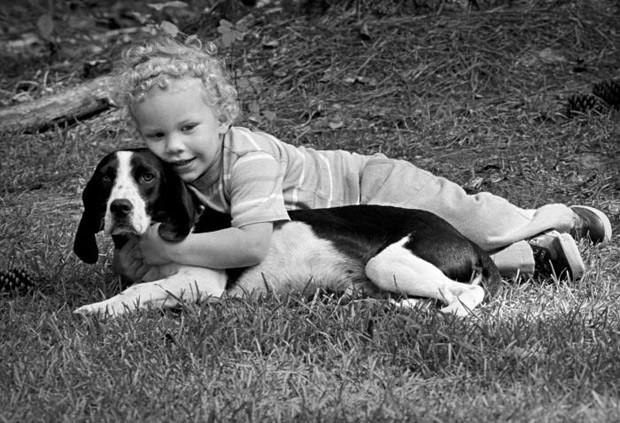 Possuir um cão no primeiro ano de vida diminui risco de crianças terem asma, segundo pesquisadores suecos  (Foto: CDC/ James Gathany)