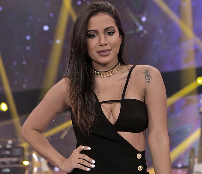 Anitta no palco do 'SuperStar'. Cantora dividiu microfone com Paulo Ricardo (Foto: Ellen Soares/Gshow)