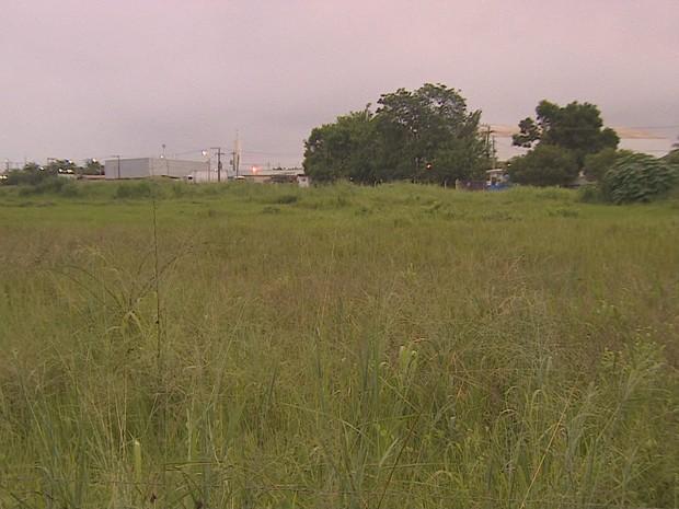 Terreno foi desapropriado pelo governo que deve pagar ao dono mais de 4,2 mi, no local será construída a nova rodoviária de Porto Velho (Foto: Reprodução/Rede Amazônica)