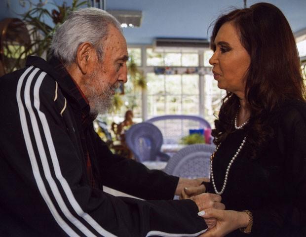 Presidente da Argentina, Cristina Kirchner, durante encontro com Fidel (Foto: Alex Castro/Granma/AP)