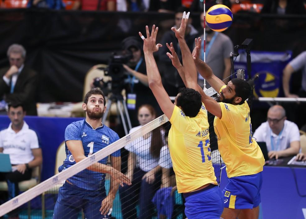 Campeões olímpicos do Brasil não conseguiram parar a Argentina (Foto: Divulgação/FIVB)