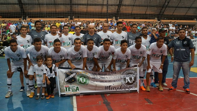 ABC campeão futsal (Foto: Augusto Gomes/GloboEsporte.com)