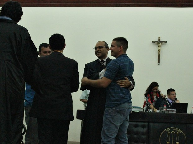 Policiais Militares são absolvidos após 13 horas de julgamento em Manaus (Foto: Mônica Dias/G1 AM)