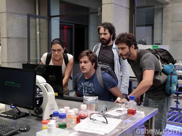 Tropa do bem invade computador (Foto: Felipe Monteiro/TV Globo)