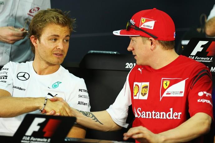 Kimi Raikkonen também vê Nico Rosberg mais tranquilo na batalha contra o companheiro Lewis Hamilton (Foto: Getty Images)