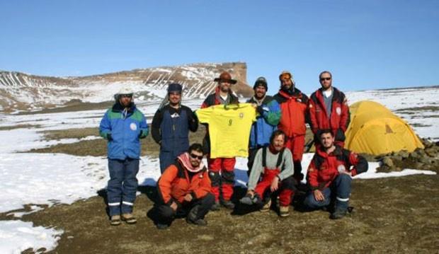 Expedição de cientistas brasileiros voltará à Antártica agora no verão para continuar a pesquisa. (Foto: Alexandre Kellmer/BBC)