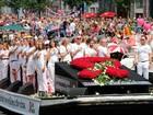 Parada gay de Amsterdã homenageia vítimas de voo que caiu na Ucrânia