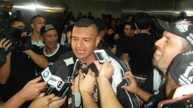 Reginaldo, torcedor do Corinthians (Foto: Maria Clara Ciasca)