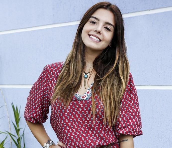 Giovanna Lancellotti comemora a decisão de Luana em casar com Cesário em 'A Regra do Jogo' (Foto: Ellen Soares/ Gshow)